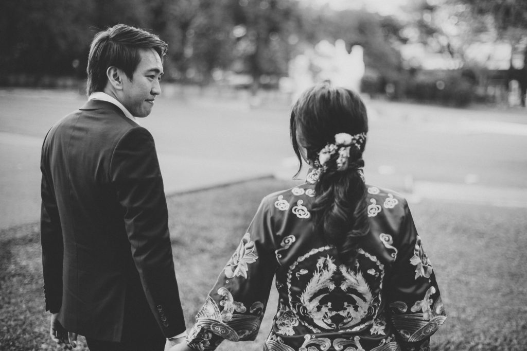 singapore wedding photographer videographer chinese groom bride fort canning hotel couple shots black and white