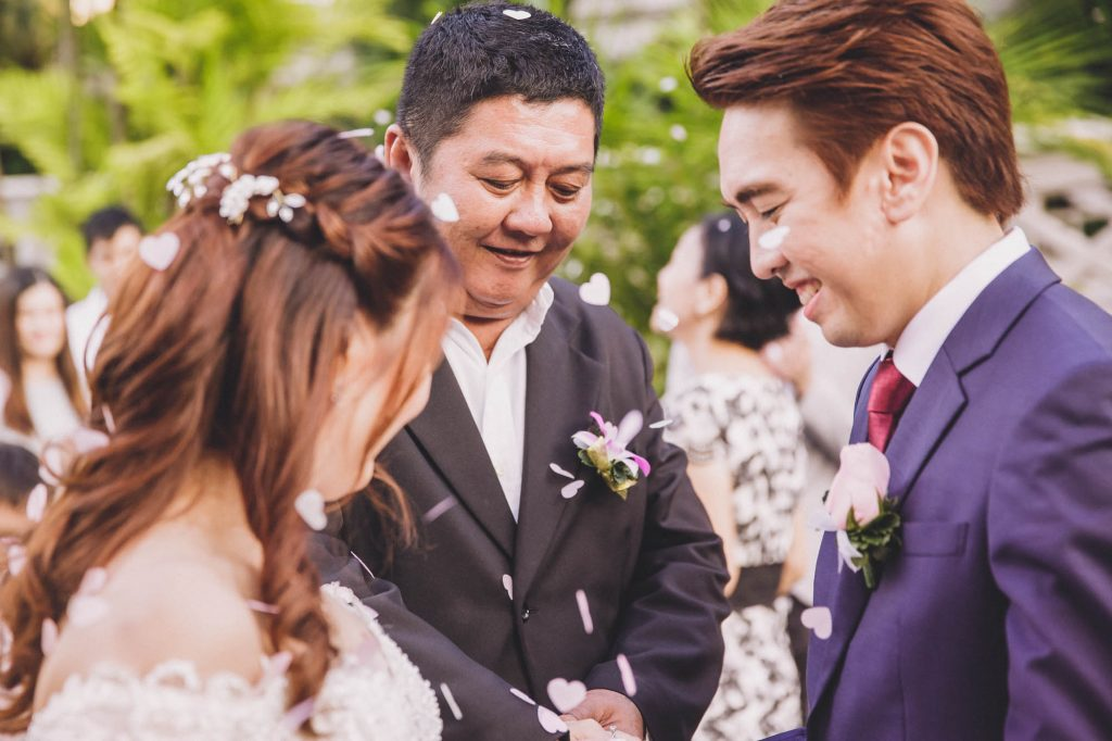 singapore wedding photographer videographer chinese groom bride fort canning hotel solemnisation ceremony expression bridal march in father of the bride